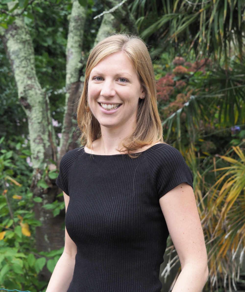 Sally Ferguson traductrice et interprète créatrice d'Alba Traduction